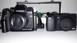 Fuji xt1 18mm vs. Ricoh GRII